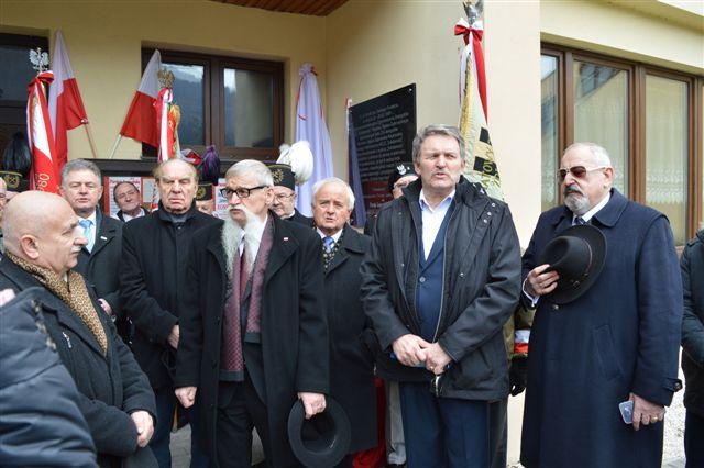 """Odsłonięcie tablicy upamiętniającej konspiracyjne Zgromadzenie Delegatów """"S"""" Śląsko-Dąbrowskiej"""