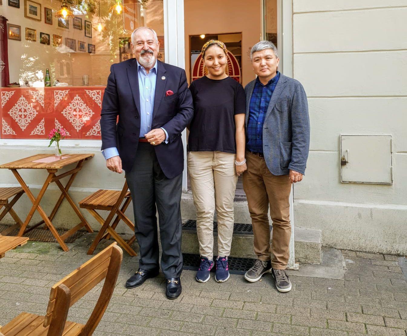 Otwarcie pierwszej kirgiskiej restauracji w Poznaniu