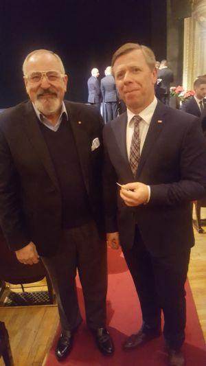 Spotkanie opłatkowe - konsul Janusz Krzywoszyński oraz Wojewoda Małopolski Piotr Ćwik