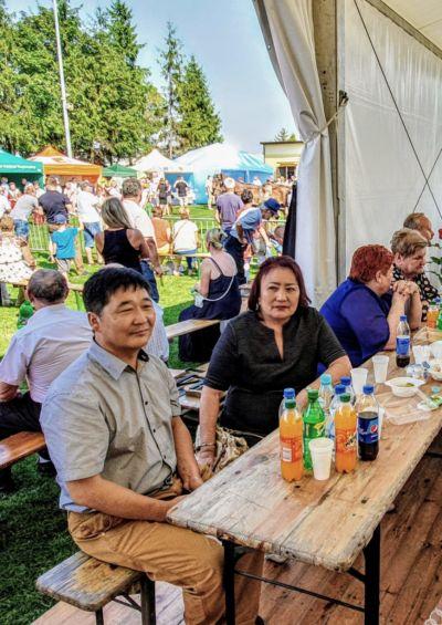 W uroczystościach uczestniczyła również Konsul Honorowa Mongolii Pani Tsakhiur Urtnasan z mężem.