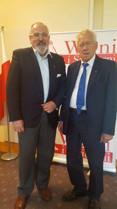 Spotkanie z Marszałkiem Seniorem Kornelem Morawieckim w Senacie. Następne były już w szpitalu.